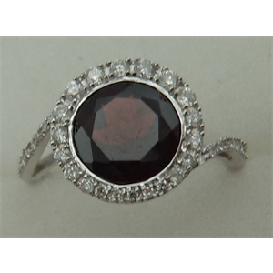 10 Karat White Gold Diamond Ring With Round Garnet Stone