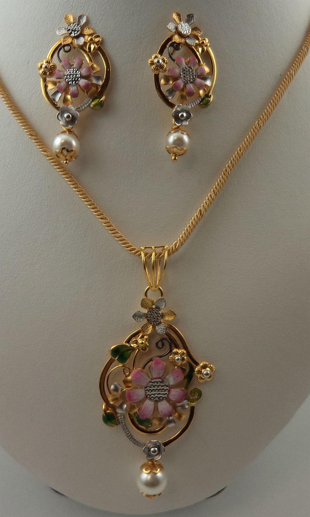 22karat Gold 2 Tone Fancy Flower Design Meenakari Pearl Hanging Pendant Set 22 Gold Jewellery Pendants Lotus Gold